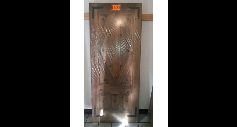 Muebles la laguna puertas residenciales puertas de madera for Puertas de madera baratas